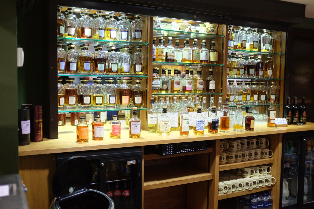 A whisky lovers must visit - Edradour Distillery Scotland