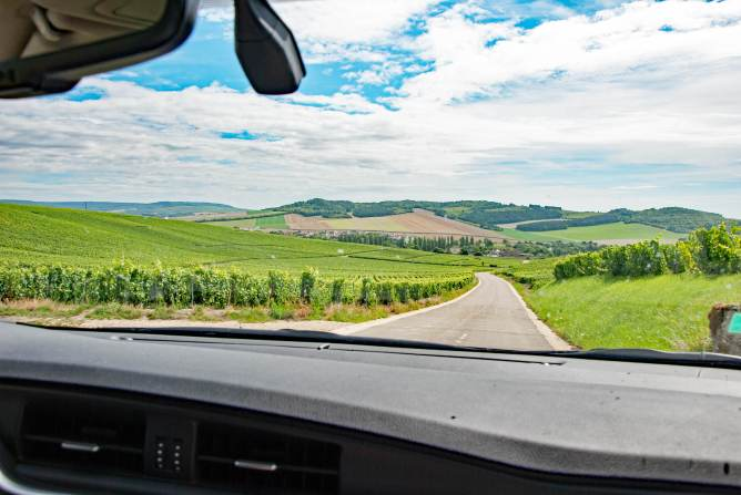 Driving through the Champagne touristic route