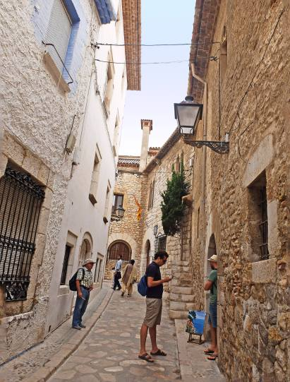 A beautiful lane in Sitges