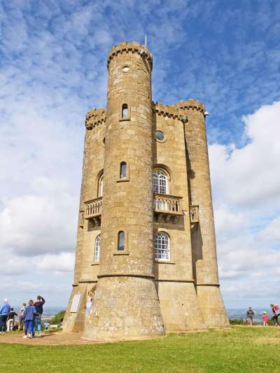 broadway-tower-cotswolds-beyondourhorizons